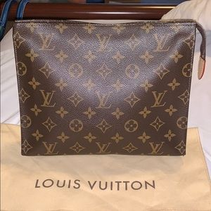 Louis Vuitton Bags - Toiletry Pouch 26